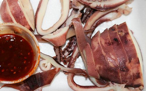 Отварные кальмары по-корейски