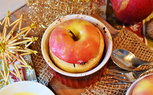 Печёное яблоко в формочке