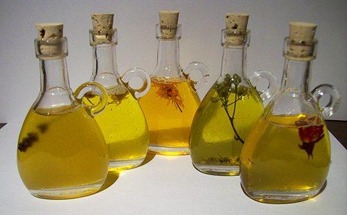 Бутылочки с натуральными маслами